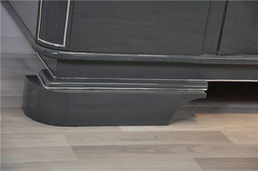 graues Metallic Sideboard, Frankreich