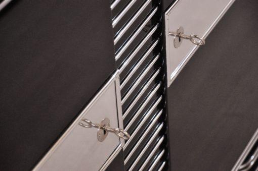 Art Deco Kommode,Brüssel, Treppenfuss, Chrombeschläge & Leisten, Handpoliert & Hochglanz Lackiert, Wohnzimmer, Moebel, Sideboard