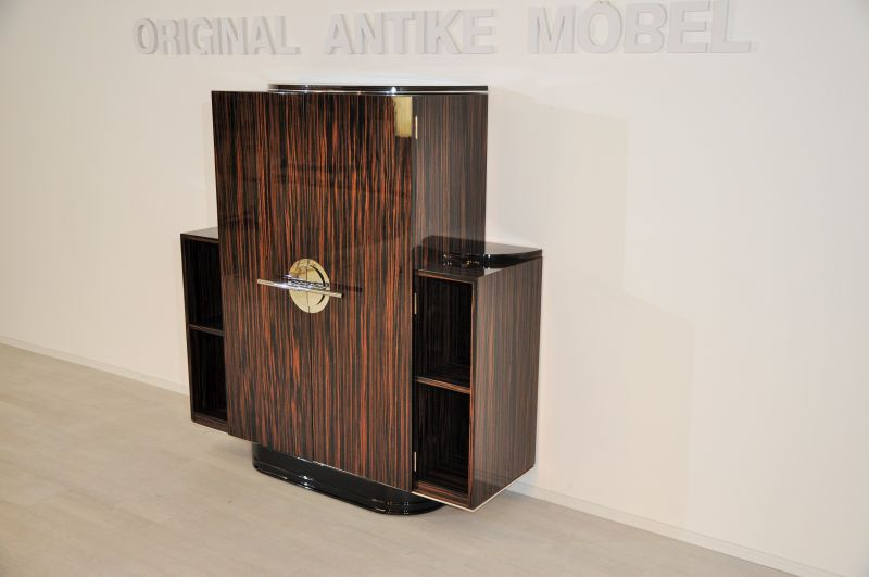p rchen wundervoller art deco schr nke aus paris. Black Bedroom Furniture Sets. Home Design Ideas