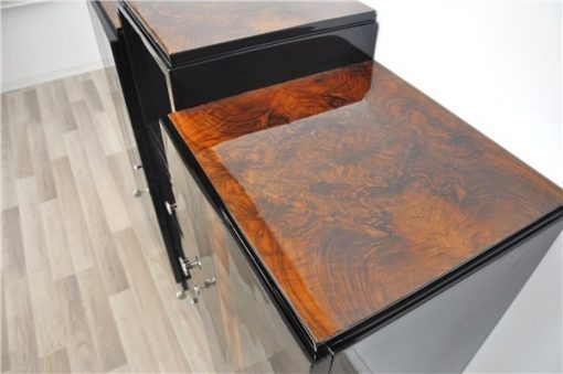 Art Deco, Kommode, Sideboard, Buffet, Walnuss, Details, Hochglanz, Schwarz, Chromgriffe, eckiges Design, Wohnzimmer, Stauraum