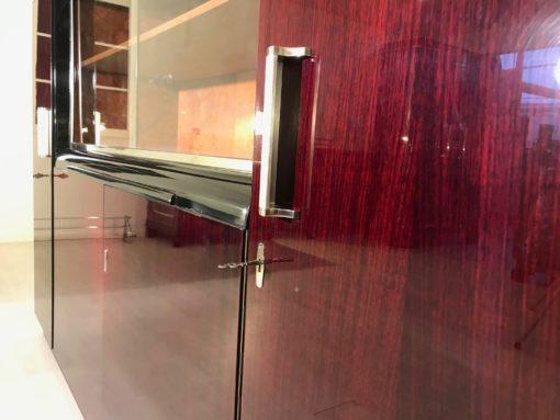 1930er Jahre Vitrinen Schrank Wandschrank aus Palisanderholz, Art Deco Moebel, Design-Moebel, Wohnzimmerschrank, Luxus-Moebel, Schraenke, Rosenholz